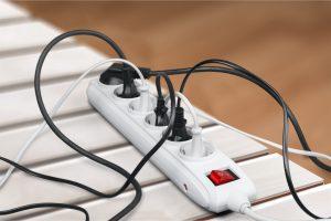 Detektos detektira elektricno sevanje v hisi - izmenicno elektricno polje